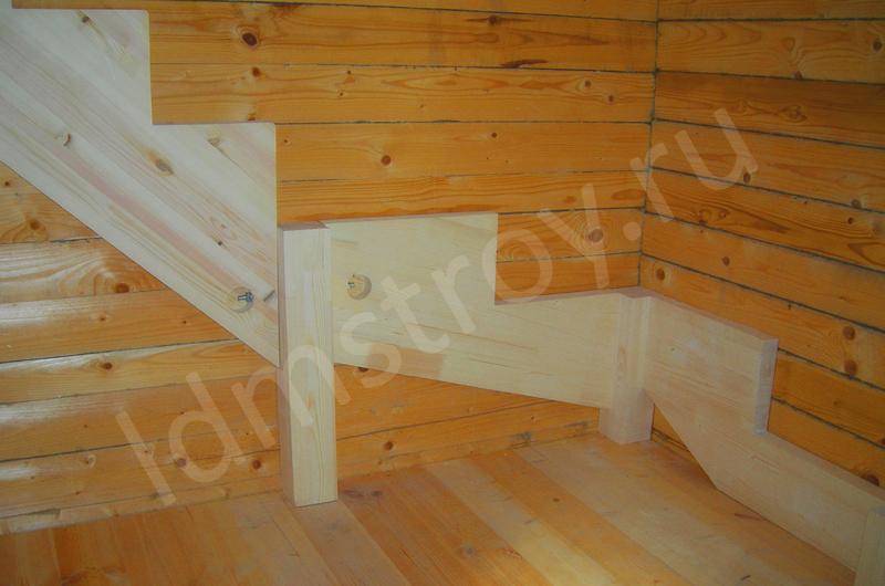 Шаг №2 монтажа деревянной лестницы