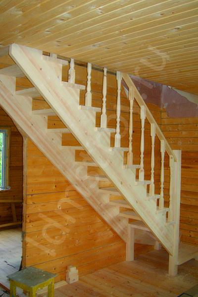 Шаг №7 монтажа деревянной лестницы